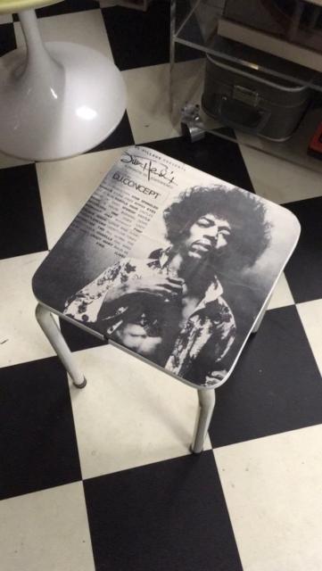 Jimi Hendrix Hocker